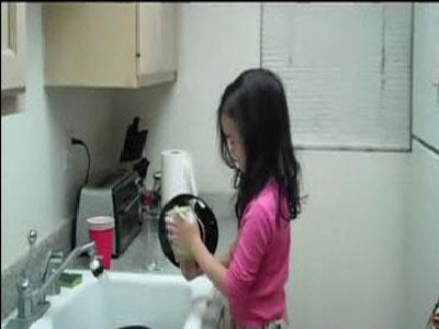 งานบ้านล้างจาน