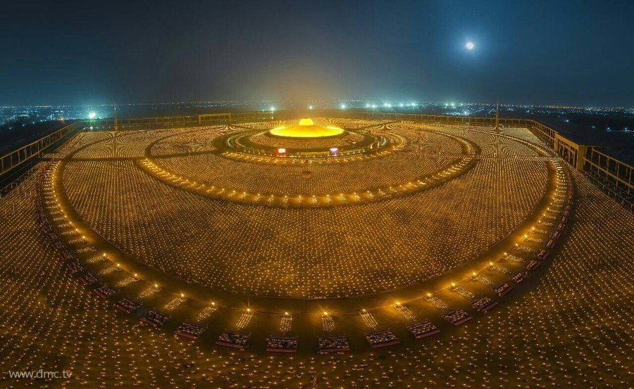 The Lighting of Candles on Magha Puja Day