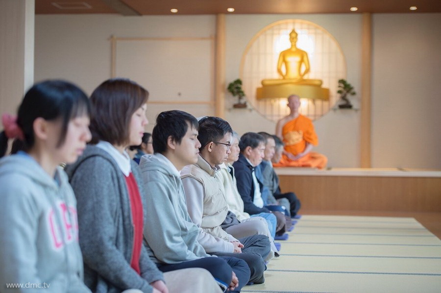 580411-Meditation-retreat-japan_007.jpg