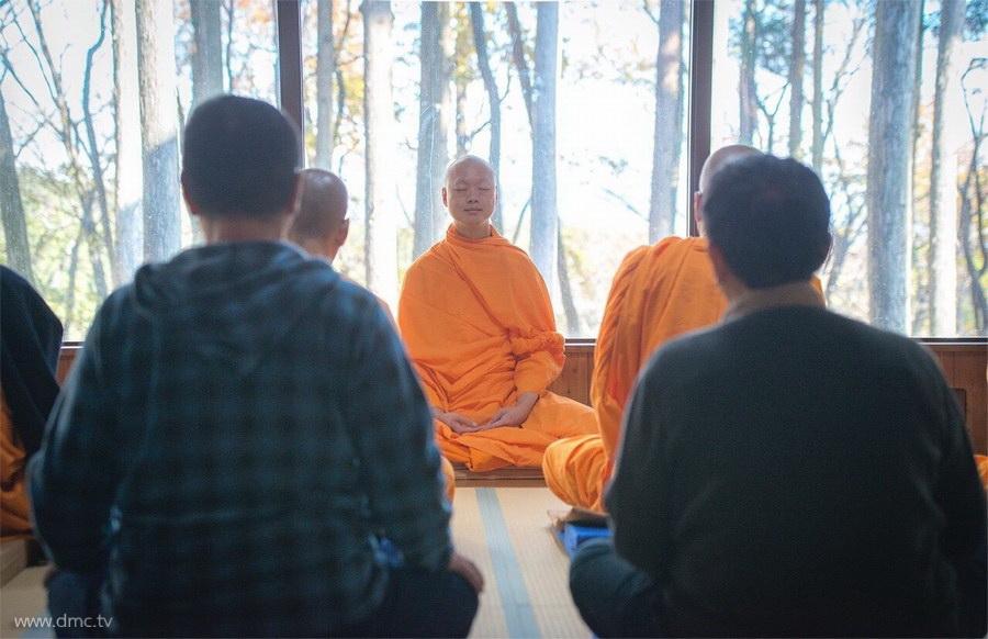 580411-Meditation-retreat-japan_014.jpg