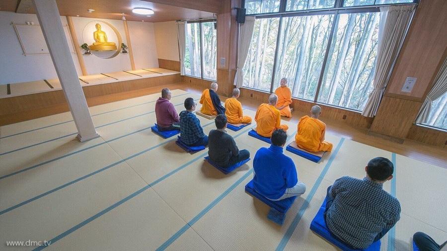 580411-Meditation-retreat-japan_024.jpg