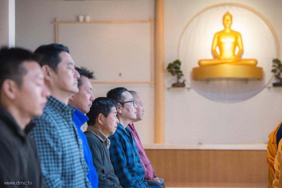 580411-Meditation-retreat-japan_078.jpg