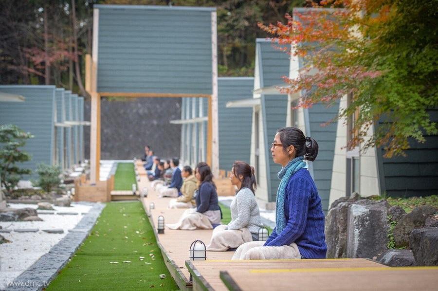 580411-Meditation-retreat-japan_086.jpg