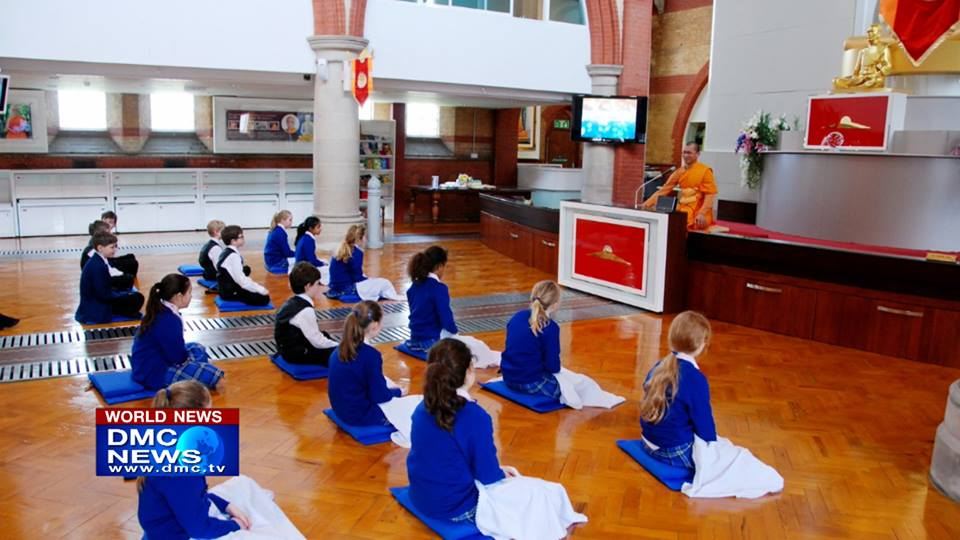 Students of Danesfield Manor School Visited Wat Phra Dhammakaya London