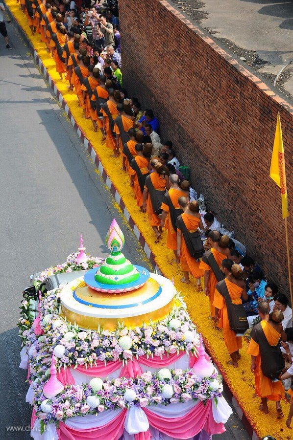 The Photo Collection of Welcoming 500 Dhutanga Monks on Wednesday April 9th, 2014